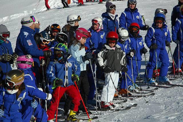 Bambini sugli sci: ecco i percorsi più adatti