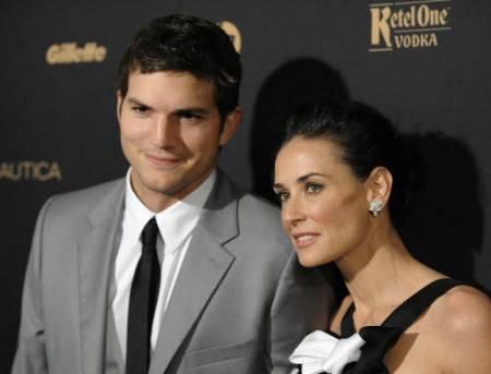 Demi Moore e Ashton Kutcher: il divorzio è ufficiale