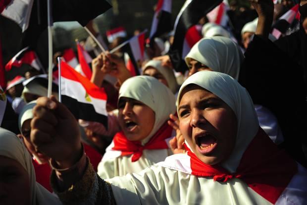 Egitto: le donne manifestano ma vengono cacciate da piazza Tahrir