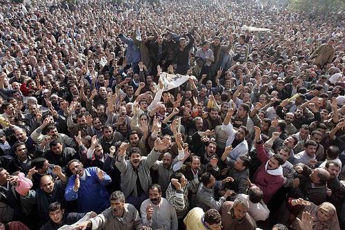 Egitto: i manifestanti chiedono di processare gli uomini di Mubarak