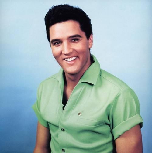 ELVIS PRESLEY / 'Viva Elvis', l'album tributo alla musica del re del rock'n'roll