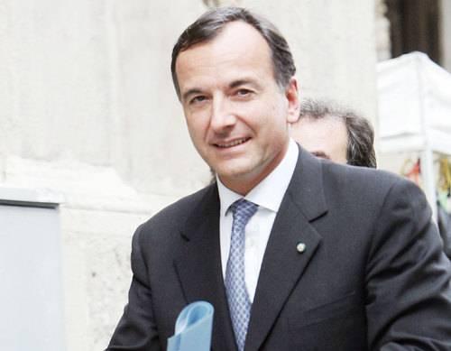 """Caso Battisti, Frattini: """"L'Italia è incapace di rendere pubblico un dibattito serio sul terrorismo"""""""