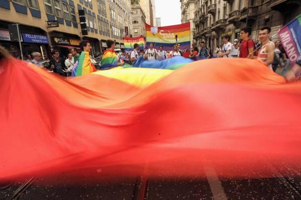 """Dramma a Roma: """"""""Sono gay, tutti mi prendono in giro"""". Si suicida a 14 anni"""