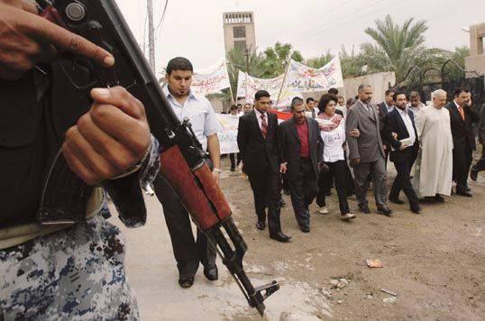 IRAQ / Mansuria, scoperta fossa comune vittime di al-Qaeda