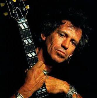 AUTOBIOGRAFIA SENZA VELI PER KEITH RICHARDS / Il chitarrista dei Rolling Stones racconta l'universo del rock e svela lati inediti del cantante Mick Jagger