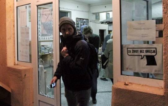 Kosovo, violenze e intimidazioni alle elezioni amministrative: affluenza del 45,79%