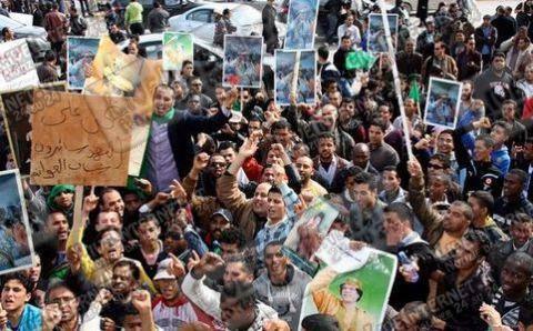 Guerra Libia: ribelli richiedono 5 miliardi di dollari per la ricostruzione del Paese