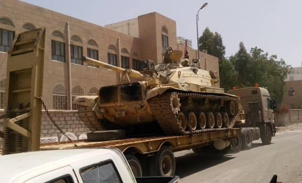 Libia: scontri a fuoco davanti al Parlamento