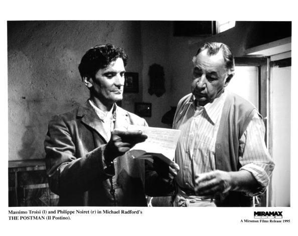 Omaggio a Massimo Troisi: i suoi film per ricordare un grande attore (VIDEO)