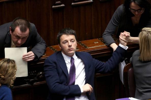 Renzi annuncia i nomi della segreteria del pd 7 donne e 5 for Nomi delle donne della politica italiana