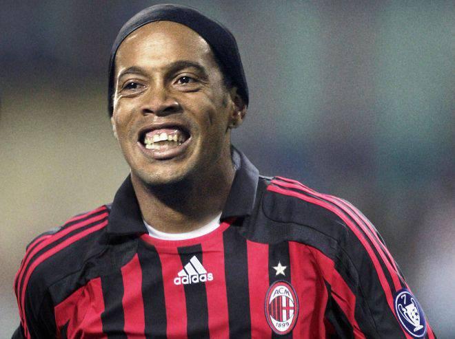 Ronaldinho scontento in casa Milan