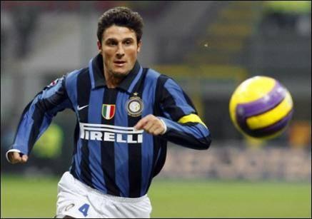 Inter-Milan: Zanetti è infuriato con l'arbitro