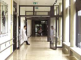 MORTO IN PSICHIATRIA ALL'OSPEDALE SANTISSIMA TRINITA' DI CAGLIARI / Indagati il primario e sei medici