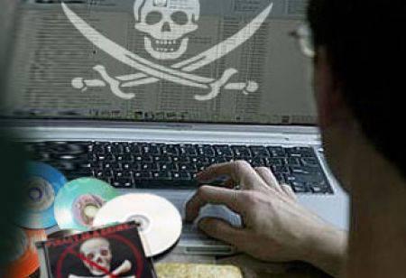 Pirateria online: Warner Bros e Facebook siglano accordo per combatterla