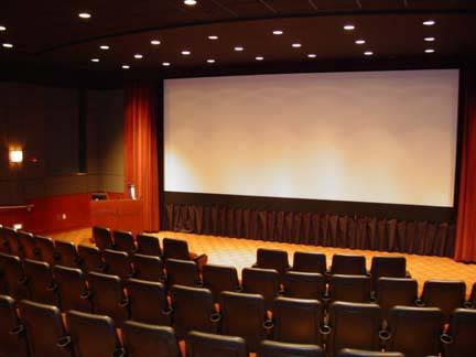 Cosa fare a Santo Stefano: un film al cinema la soluzione giusta