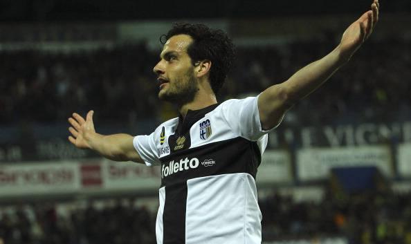 Il Napoli torna sulla terra a Parma: 1-0. Le pagelle