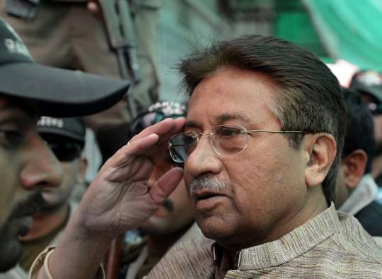 Pakistan: ex presidente Pervez Musharraf sotto processo per alto tradimento