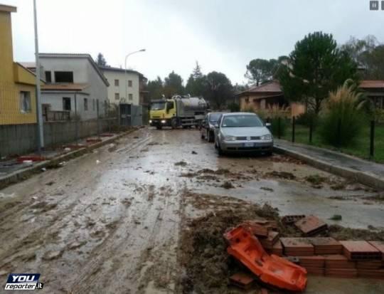 Maltempo, centro Italia conta i danni e le emergenze. Paura per livello Tevere nel Lazio