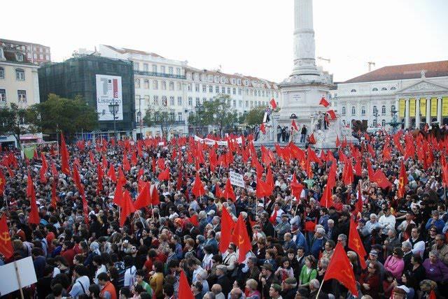 Portogallo: Paese bloccato per sciopero contro la riforma del lavoro