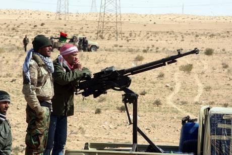 Guerra Libia: truppe di Gheddafi mirano al porto di Misurata, carneficina di 100 morti e 1300 feriti