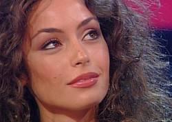 """Raffaella Fico: """"Non vedo nulla di male nell'usare il proprio corpo all'inizio della carriera televisiva"""""""