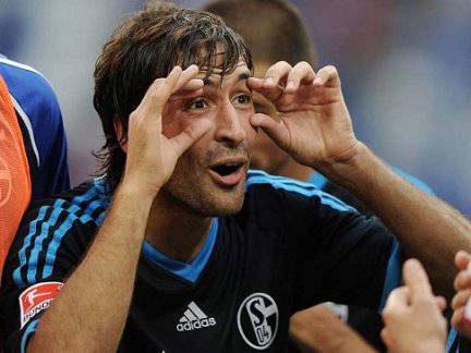 Valencia-Schalke 04 highlights immagini salienti