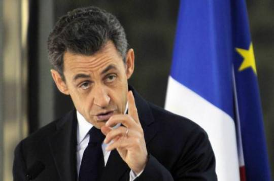 SARKOZY UE3 e1324570464328 Crisi, linsofferenza di Sarkozy: Stiamo pagando per latteggiamento tedesco