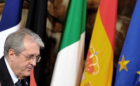 """Governo, Saccomanni pronto a lasciare: """"Basta compromessi"""""""