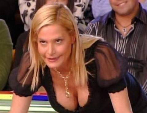 Simona-Ventura-seno-da-ridurre