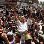 In Siria nuove manifestazioni contro Assad, il regime non interrompe la repressione: 14 civili uccisi dall'esercito