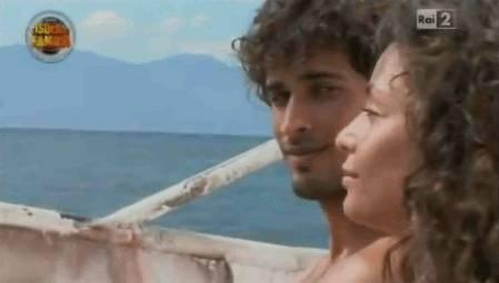 L'Isola dei Famosi 8: Thyago non ha ceduto alla Fico perché nel suo cuore c'è Federica