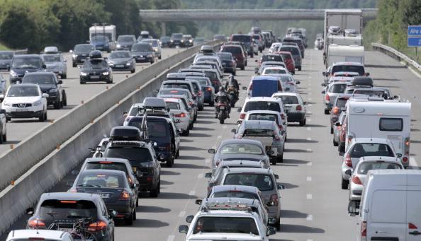Autostrade, quest'anno un solo week-end da bollino nero. Codacons: colpa della crisi