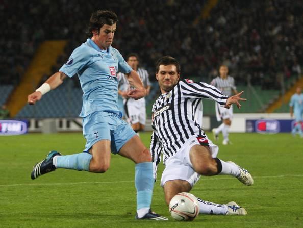 IL NAPOLI AVEVA PRESO GARETH BALE / De Laurentiis aveva in mano il terzino che ha fatto impazzire l'Inter