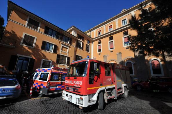 Bari, incendio all'alba: muoiono due anziani fratelli