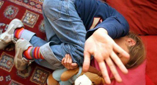 VIOLENZA SESSUALE SU ALUNNA DI 4 ANNI / Insegnante denunciata per sospetto abuso