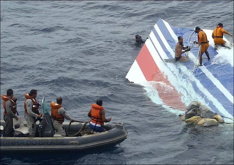 Francia, volo AF447 schiantato in mare: si va verso la risoluzione del caso