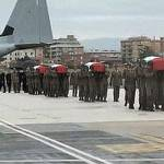 ALPINI UCCISI IN AFGHANISTAN / Domani i funerali, il cordoglio di Napolitano a Ciampino