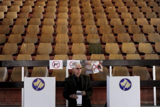 Serbia: minoranza albanese interrompe negoziati con governo