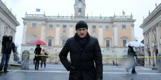 """Neve e maltempo, """"In Mezz'ora"""": saltato scontro Alemanno-Protezione Civile. Il sindaco: """"Gabrielli si è rifiutato"""""""