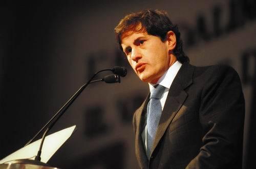 """Alemanno attacca il Pdl: """"Mai più persone come la Minetti nel partito"""""""