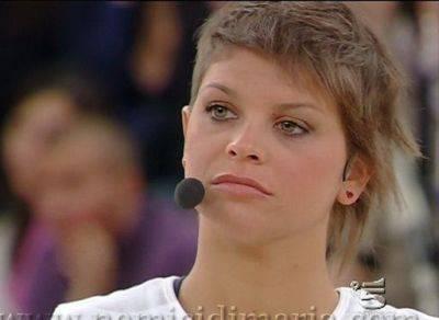 """ALESSANDRA AMOROSO / Il mondo in un secondo, la cantante dichiara: """"Ho paura dei concerti a dicembre"""""""
