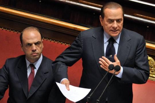 Crisi di governo, annunciate le dimissioni dei ministri del Pdl