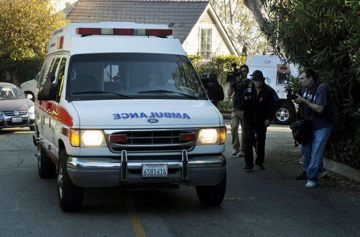 Strage di Tucson: la deputata democratica Giffords lascia l'ospedale