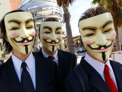 Anonymous Italia: attaccata la task force della polizia contro crimine online