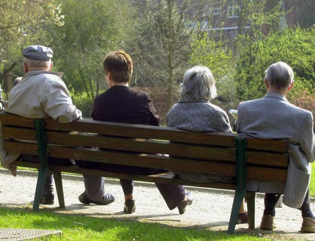 A 80 anni si raggiunge la felicità: studio rivela come dopo i 40 anni si tende all'ottimismo