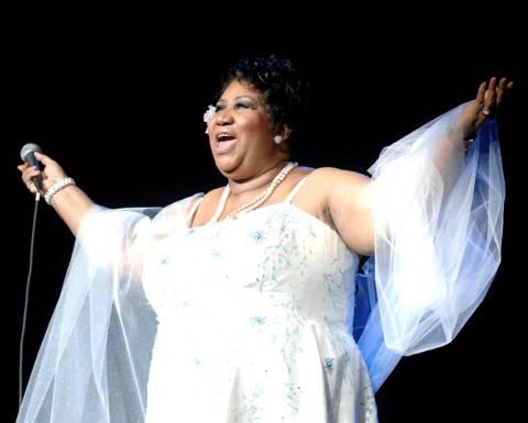 Aretha Franklin, due costole rotte cancellati i concerti a Brooklyn