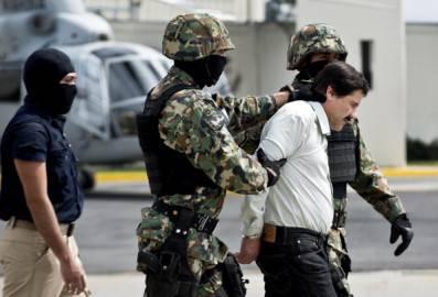 L'arresto di Guzman (RONALDO SCHEMIDT/AFP/Getty Images))