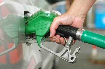 Benzina: in Egitto l'aumento dei prezzi ha fatto due morti
