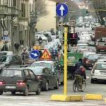 A Roma è caos per gli sconti promessi da Trony: traffico in tilt per l'apertura di un nuovo maxistore