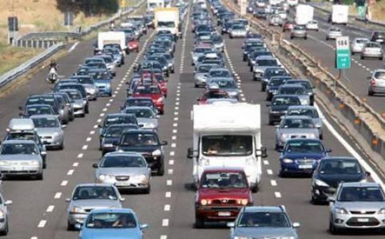 autostrade traffico agosto 20111 e1324663578606 Traffico autostradale nel caos in tutta Italia per lesodo natalizio